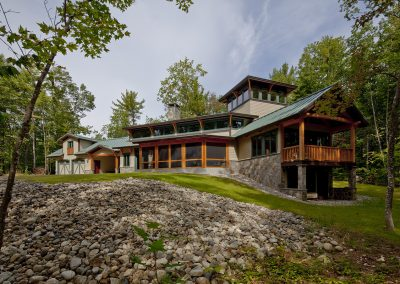 Lakeside-Getaway-Exterior-Front-Lassel-Architects